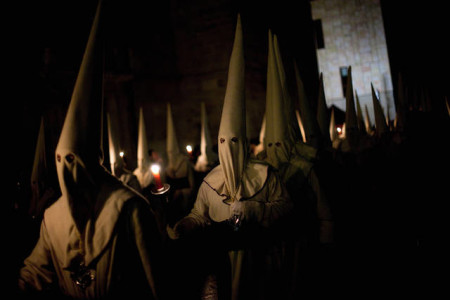 ZAMORA, SPAIN - MARCH 29:  Penitents walk the streets during the Holy Week procession of the Cofradia Jesus Yacente on March 29, 2013 in Zamora, Spain. Easter week is traditionally celebrated with processions in most Spanish towns.  (Photo by Pablo Blazquez Dominguez/Getty Images)