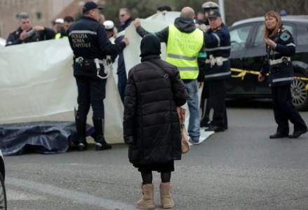 Roma, motociclista ucciso al Circo Massimo: è caccia al pirata